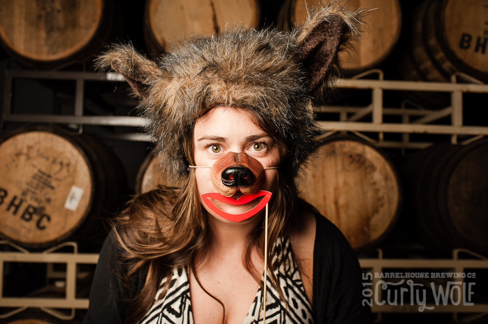 20150327_curlywolfbooth-web_063